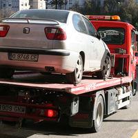 Guía rápida para sobrevivir al cambio de nombre de los combustibles (sin destrozar el coche): el ABC de las nuevas etiquetas