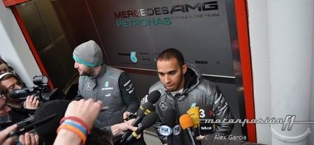 Lewis Hamilton está satisfecho pero cree que no podrá luchar por ganar carreras