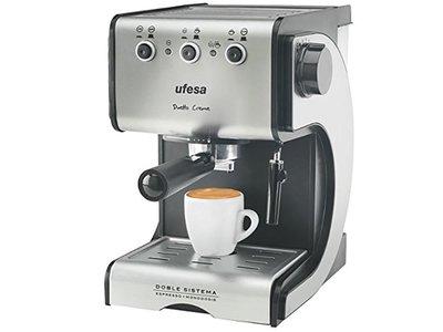 Cafetera espresso Ufesa CE7141 Dueto Creme, de nuevo rebajada a 67,99 euros en Amazon