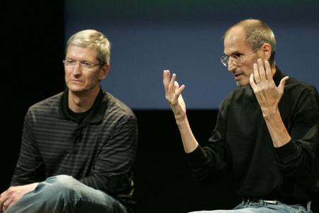 Tim Cook es un simple administrador: Ex ejecutivo de Microsoft