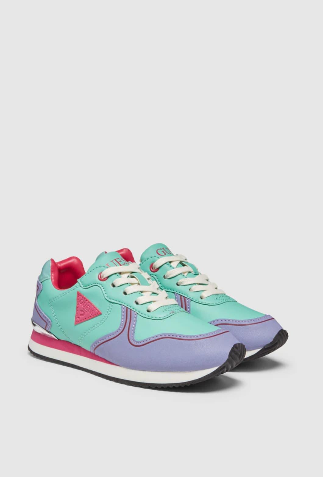 Zapatillas deportivas de niña Guess de color azul claro