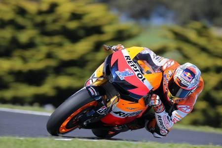 MotoGP Australia 2012: Casey Stoner domina en casa. Pol Espargaró y Jonas Folger a la cabeza