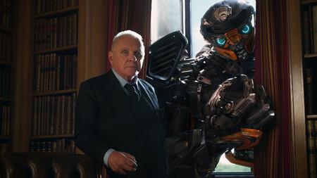 Los críticos destrozan 'Transformers: El último caballero' y un productor niega que haya secuelas preparadas