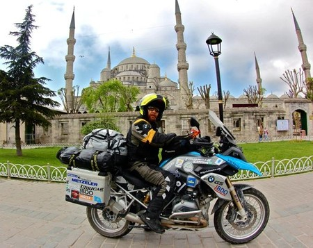 Embajada Samarcanda. Estambul y Semra, la tatuadora