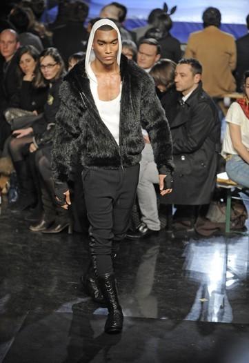 Foto de Jean Paul Gaultier, Otoño-Invierno 2010/2011 en la Semana de la Moda de París (13/14)