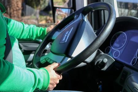 """Los transportistas piden intervenir el precio de los carburantes ante la actuación """"abusiva"""" de las petroleras"""