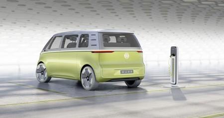 La Kombi hippie del Siglo XXI se llamará Volkswagen ID.7 y llegará en 2022 con hasta 600 km de autonomía eléctrica
