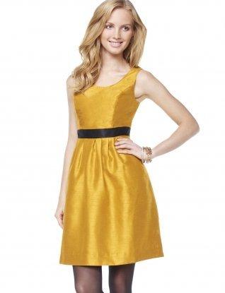 El vestido dorado perfecto para esta Navidad