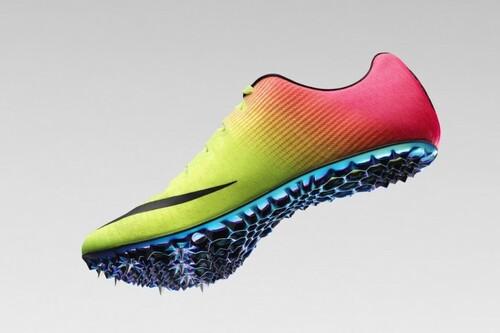 """Qué hay detrás de las zapatillas 'Super Spikes' de Nike y el """"efecto trampolín"""" que está pulverizando récords en los JJ.OO. de Tokyo"""