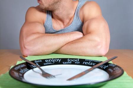 Los alimentos que no debes eliminar de tu dieta si buscas perder peso