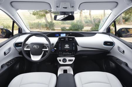 Toyota Prius 2016 510