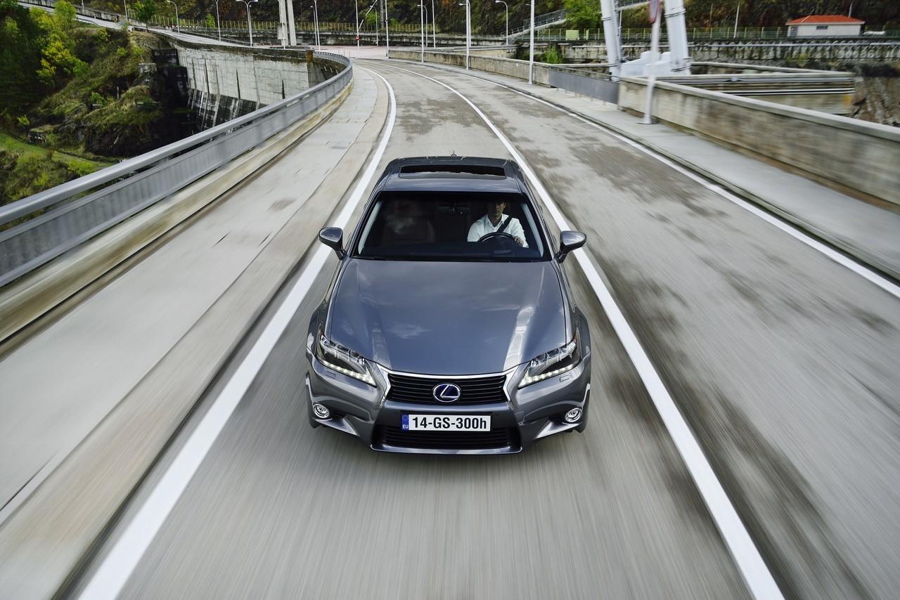Foto de Lexus GS 300h (130/153)