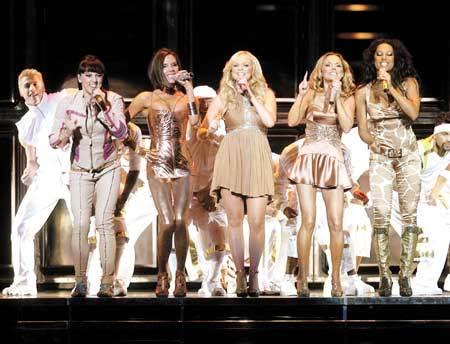En venta los modelitos de la última gira de las Spice Girls