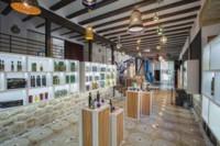 Tradición y diseño se unen en una nuevatiendade aceite en Jaéndiseñadapor More & More