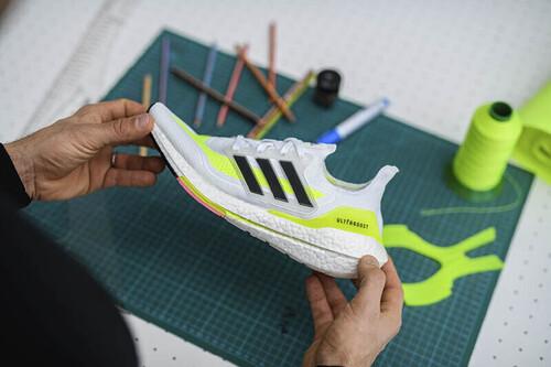 35 zapatillas y prendas de ropa deportiva que puedes encontrar con un 20% de descuento sobre el precio rebajado en Adidas Outlet