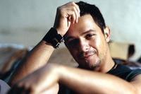 Alejandro Sanz acusado de ser gay