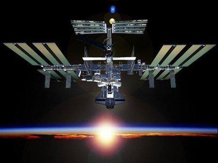 Animación de la construcción de la Estación Espacial Internacional, paso a paso