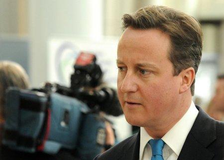 David Cameron se plantea banear de las redes sociales a los protagonistas de los disturbios