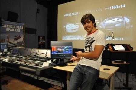 Fernando Alonso acompaña a Lewis Hamilton en Cars 2