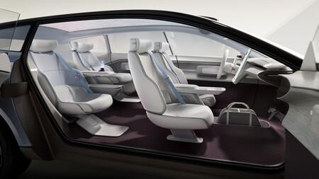 Volvo Recharge Concept 11