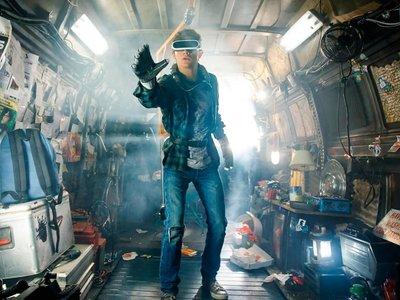 La película Ready Player One ya tiene su primer tráiler: el Spielberg más palomitero rinde culto a los videojuegos