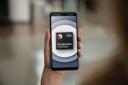 Qualcomm Snapdragon 765 5g Mobile Platform Reference Design In Hand