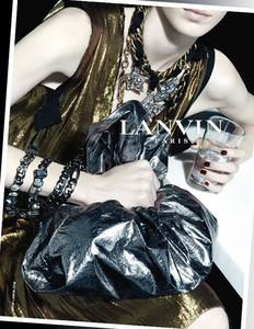New Paper Bag, las bolsas de basura bling-bling de Lanvin para esta primavera