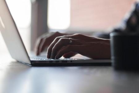 Nueve servicios y extensiones para aprender a teclear más rápido frente al ordenador