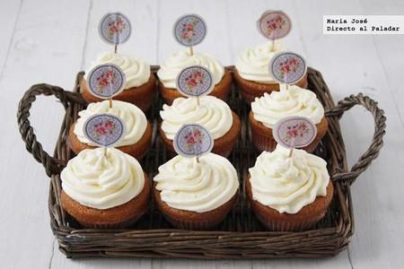 Receta de cupcakes de leche merengada, para lucirse en una merienda especial (infantil o no)