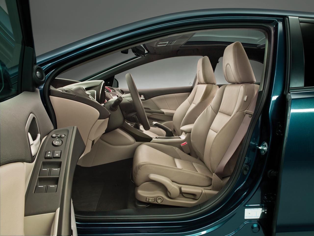 Foto de Honda Civic 2012 (38/153)
