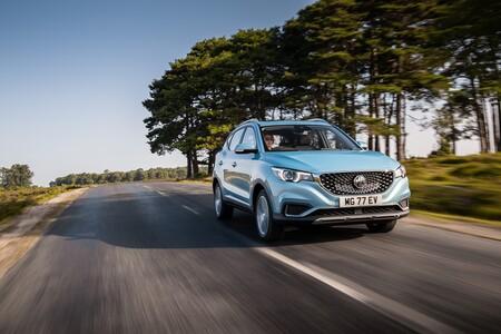 El MG ZS EV será el SUV eléctrico más barato por poco más de 30.000 euros, hasta que llegue el Dacia Spring