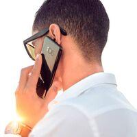 El mejor truco para que te pasen con un agente cuando llames a atención telefónica: habla mal
