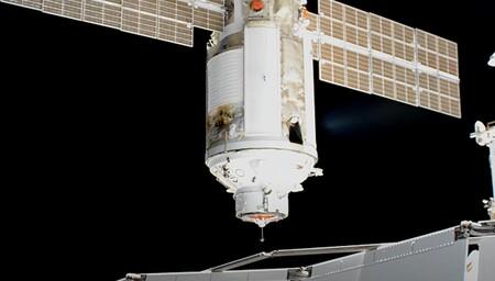 Susto en la Estación Espacial Internacional: el módulo ruso Nauka enciende sus propulsores sin aviso tras acoplarse