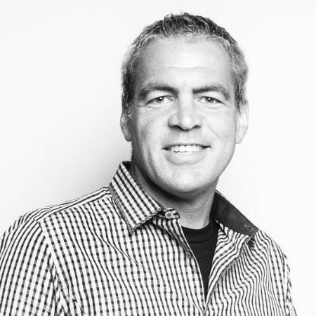 Angela Ahrendts ya tiene número dos: Bob Kupbens es el nuevo vicepresidente de Online Retail