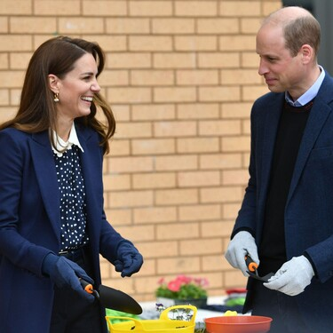 Kate Middleton lo ha vuelto a hacer: agota en menos de 24 horas esta blusa de lunares tan ideal