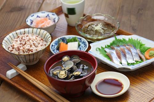 Lo que puedes imitar de la dieta japonesa si quieres estar en forma