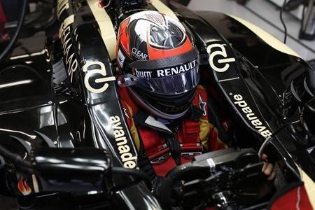 Kimi Räikkönen, de casi no disputar la clasificación por dolores de espalda al podio de Singapur