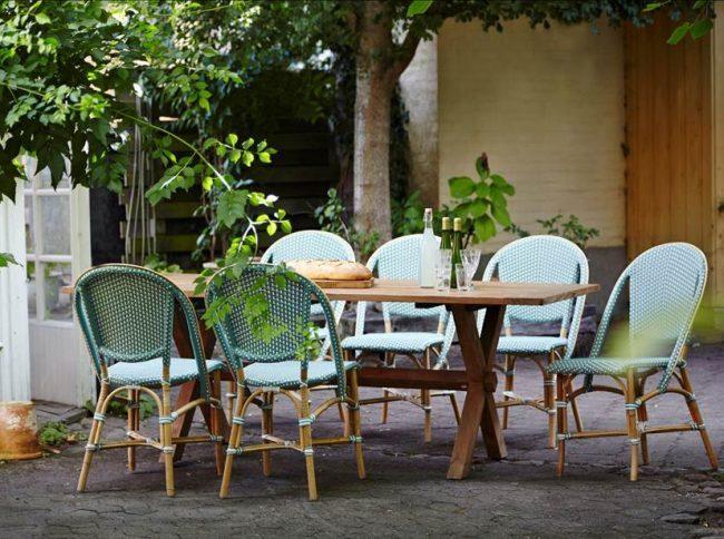 7 muebles y complementos imprescindibles para una terraza - Sillas terraza ikea ...