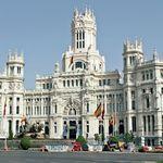 El Ayuntamiento de Madrid ultima una regulación para Uber y Cabify mucho menos restrictiva de la que piden los taxistas