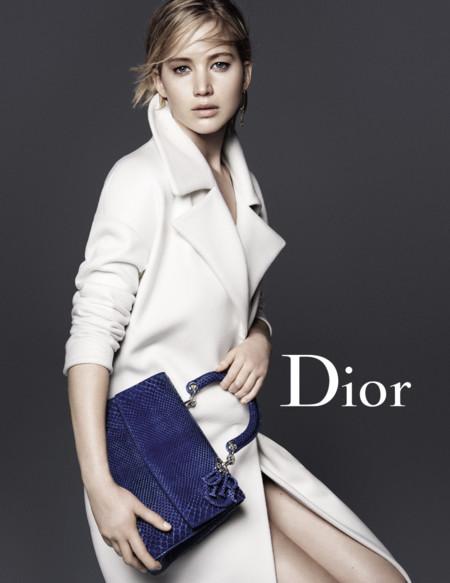 Jennifer Lawrence sigue casada con Dior