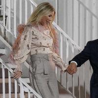 Atención a la blusa de plumas perfecta que ha lucido Gwyneth Paltrow en Los Angeles, se convertirá en tu objeto de deseo