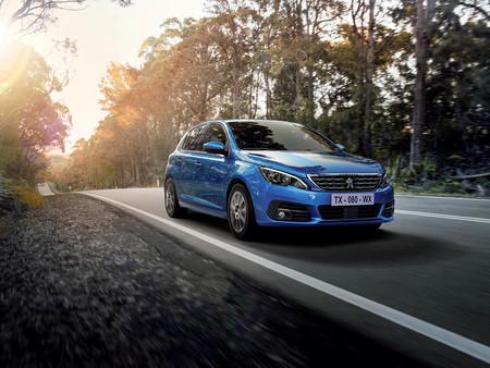 El Peugeot 308 se actualiza ligeramente con frenada automática de emergencia con detección de peatones y ciclistas de tanto día como de noche