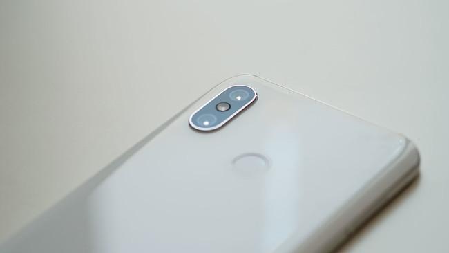 El Xiaomi Mi 8 llega a España: disponibilidad y precios oficiales