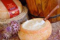 La Torta del Casar elegida 'Mejor Queso de Pasta Blanda 2011'