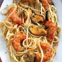 Espaguetis frutti di mare, la receta de pasta para quienes aman el marisco