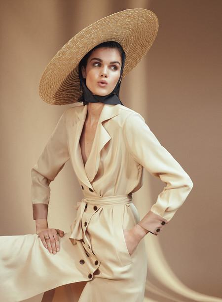 Inés Domecq, una de las mujeres más elegantes de España, lanza su primera colección de moda con Coosy