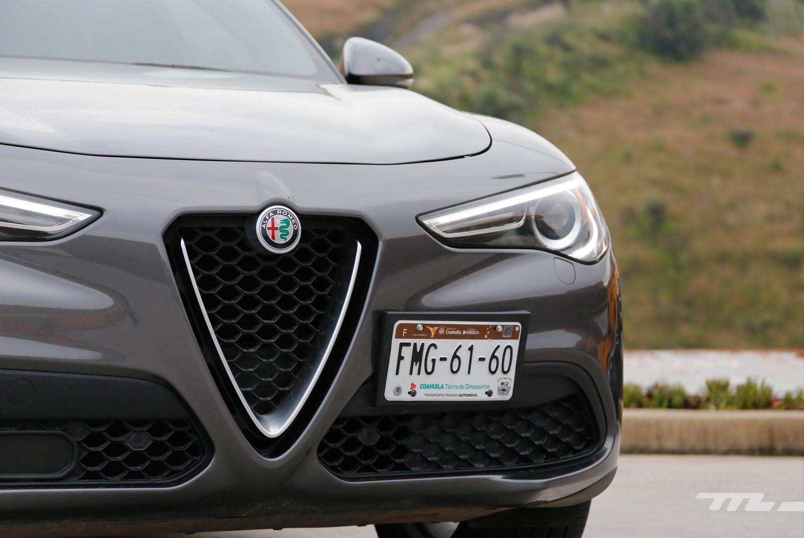 Foto de Alfa Romeo Stelvio Ti (20/22)