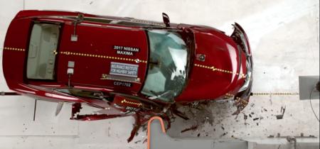La IIHS encuentra que hay autos que favorecen la seguridad del conductor, pero no tanto la de los pasajeros