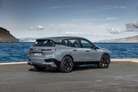 BMW iX xDrive50