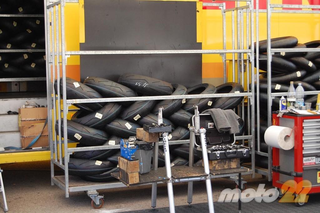 Foto de Superbikes Valencia 2010: Pirelli en el mundial de Superbikes (7/12)